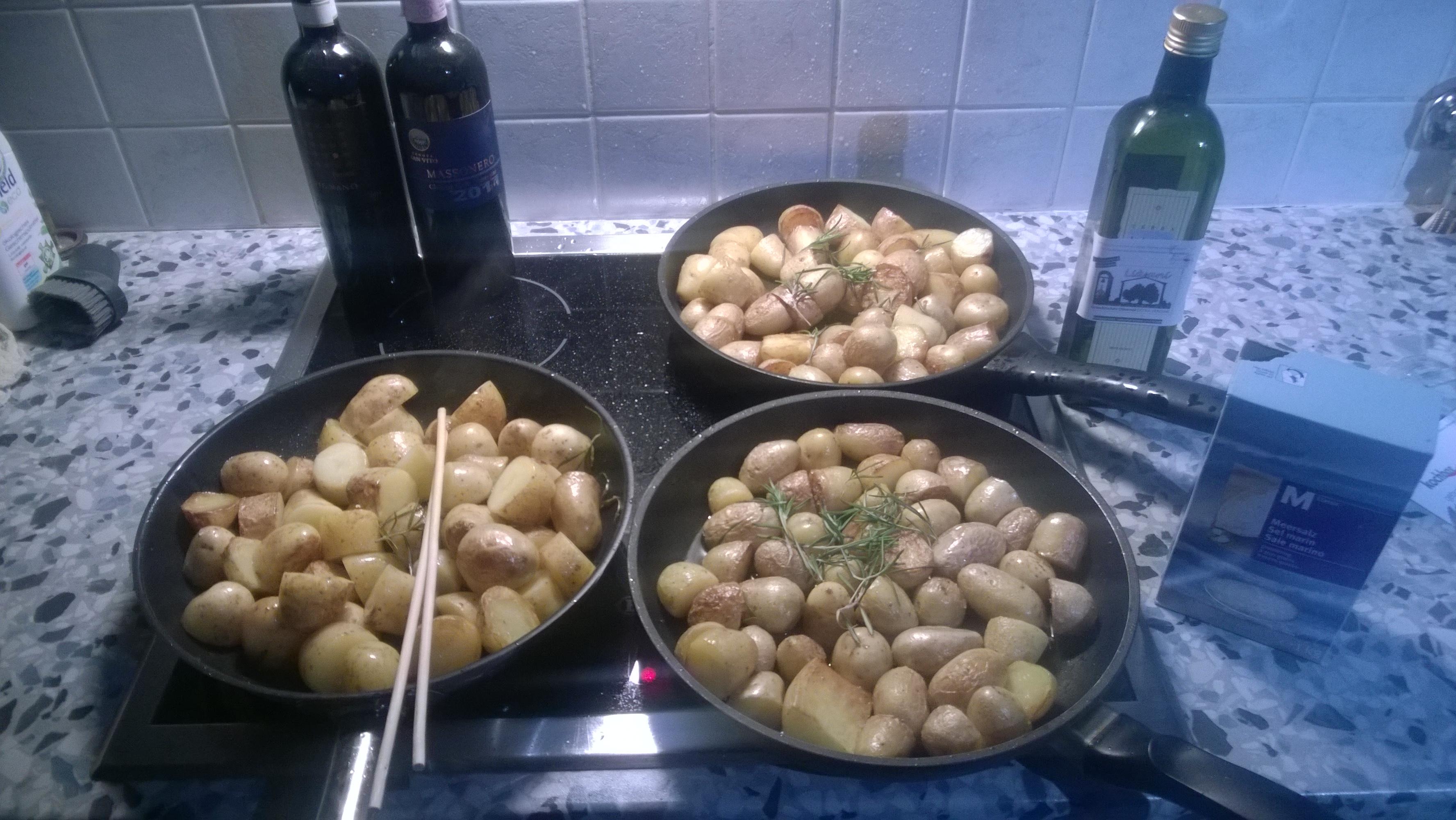 WP 20151231 001 Gebratene Kartoffeln mit Rosmarin